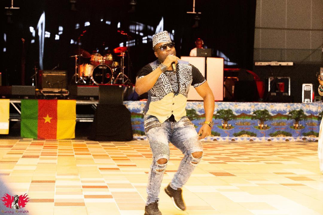 AFRIQUE : L'ARTISTEMOUMBÊ EXPLOSE LA TOILE AVEC SON MAXI-SINGLE « MAMITON »