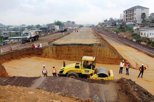 CAMEROUN: LA CONSTRUCTION DE LA PÉNÉTRANTE EST DE DOUALA NE SERA PAS PRÊTE AVANT LE CHAN 2020
