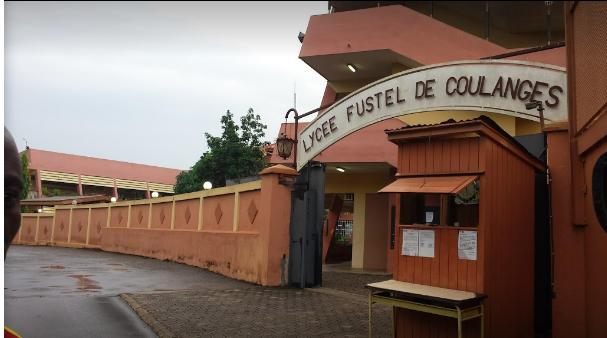 CAMEROUN: LA FRANCE DÉCIDE DE FERMER POUR DES MESURES PRÉVENTIVES FUSTEL DE COULANGES ET DOMINIQUE SAVIO
