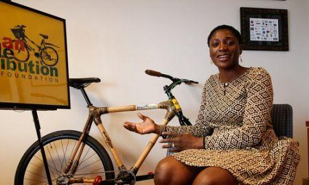 "GHANA: BERNICE DAPAAH FABRIQUE DES VÉLOS À BASE DE BAMBOU ""BAMBOO BIKES »"