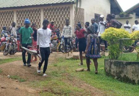CAMEROUN: COUP DE GUEULE D'UN INDIGNÉ APRÈS L'ULTIME MASSACRE DES ENFANTS À KUMBA