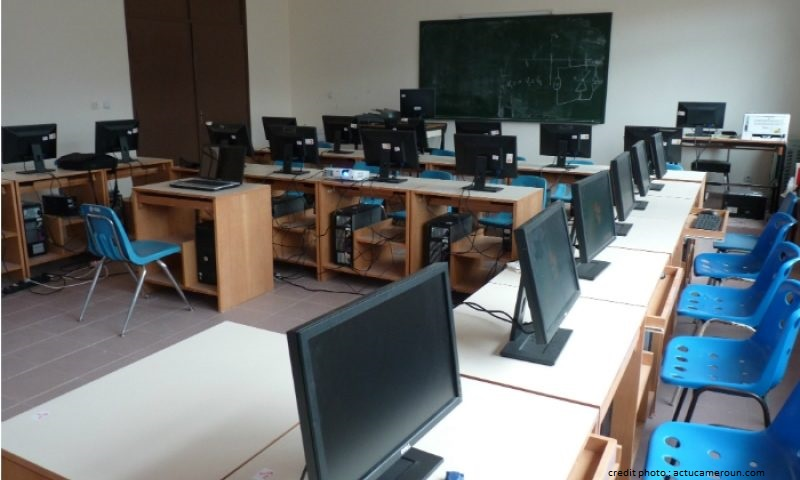 CAMEROUN : UN CENTRE MULTIMEDIA AU CLUB DES JEUNES AVEUGLES RÉHABILITÉS.