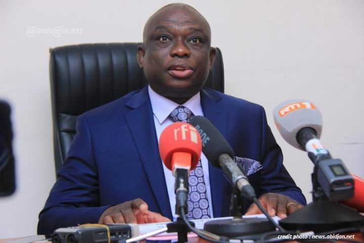 CÔTE D'IVOIRE : KOUADIO KONAN BERTIN MINISTRE DE LA RÉCONCILIATION NATIONALE.