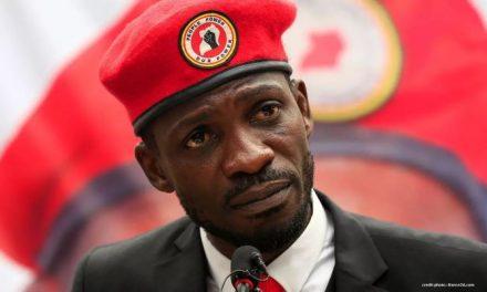 OUGANDA : L'OPPOSANT BOBI WINE A PORTÉ PLAINTE CONTRE MUSEVENI