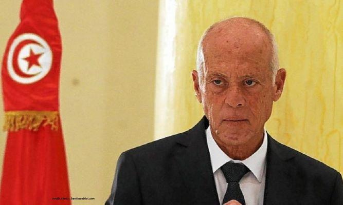 TUNISIE : QUI A TENTÉ D'EMPOISONNER LE PRÉSIDENT ?