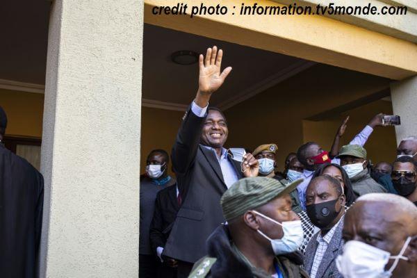 ZAMBIE – PRÉSIDENTIELLES : VICTOIRE D'HAKAINDE HICHILEMA, L'OPPOSANT DE TOUJOURS…